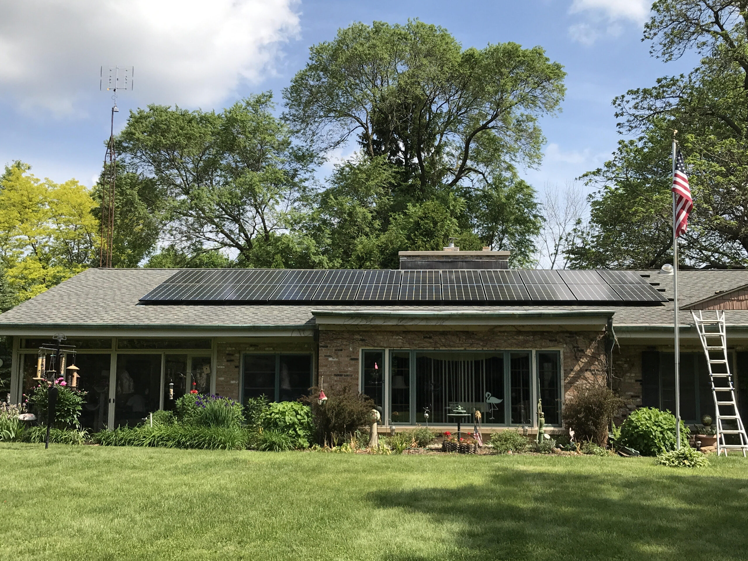 solar roi calculator. Solar panels on a home.